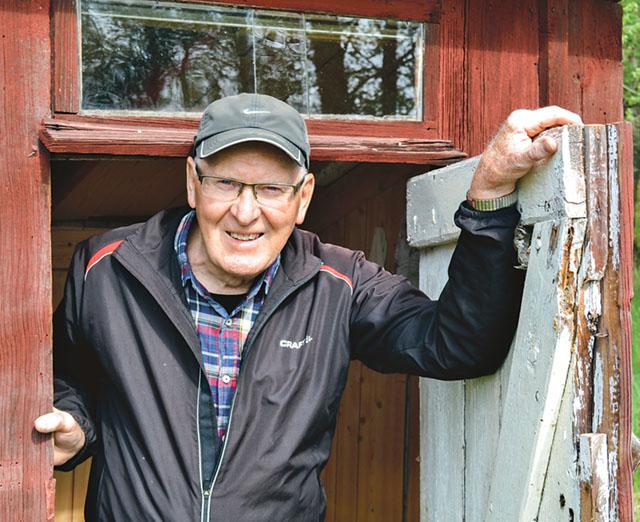 Ett sådant här dass skulle vi vilja ha till hembygdsgården för att kunna visa hur det fungerade förr, berättar Arne.