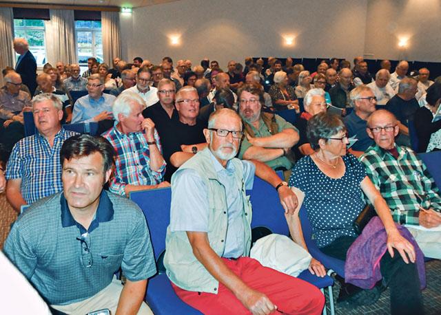 Det är många som oroas av de skogliga frågorna och LRF:s konferens drog fullt hus på Selma spa i Sunne.