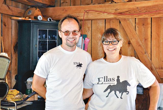 Magnus Carlsson och Elinor Svensson i det som snart ska bli gårdsbutiken.